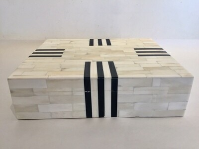 AC004 Bone Box - Large