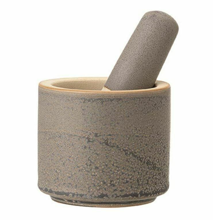 BV157 Matte Grey Stoneware Mortar and Pestal