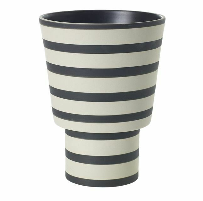 AR261 Black and White Striped Vase