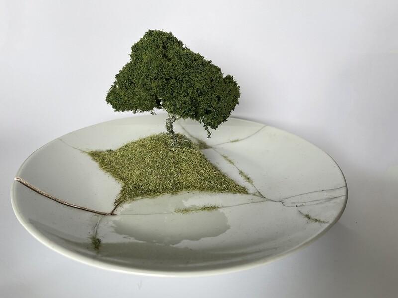 Grass Kintsugi Plate 01