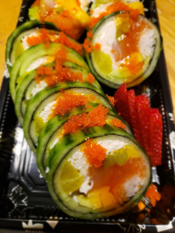 Cucumber Salad Rolloll