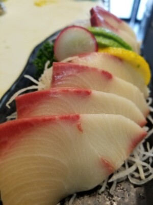 Hamachi Sashimi