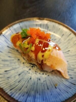 Salmon Aburi