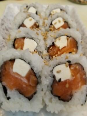 Salmon Creamcheese Roll