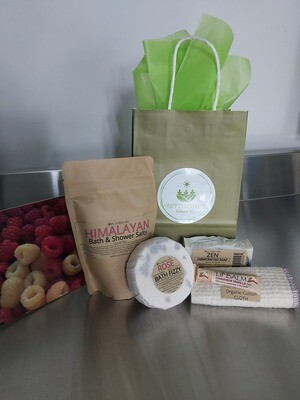 Mother's Day Farmcrafted Gift Bag!