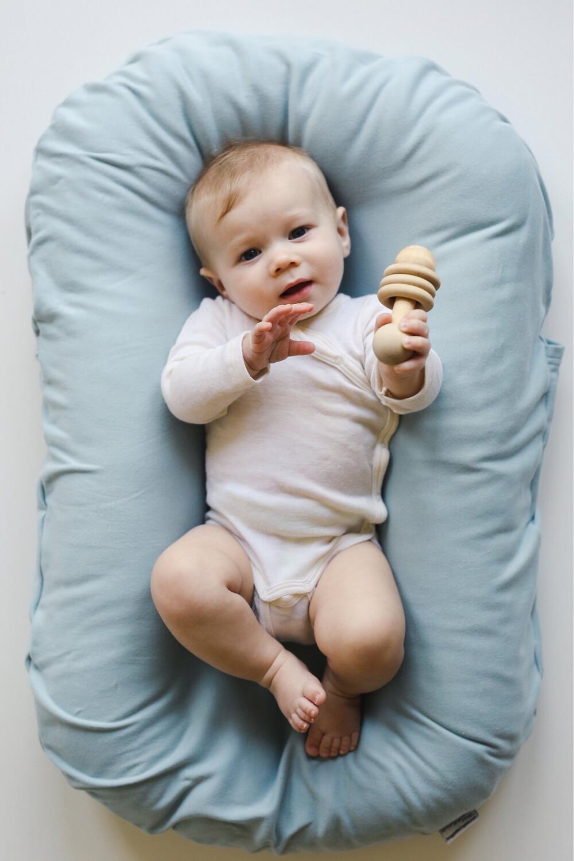 Snuggle Me Infant Lounger