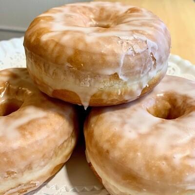 Doughnuts / 4 glazed