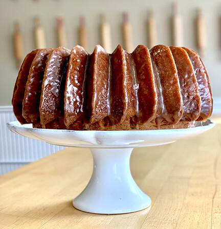 Cake / Caramel pecan BUNDT cake