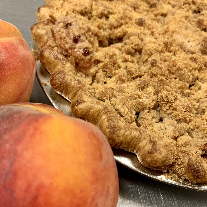 Pie / peach Dutch crumb