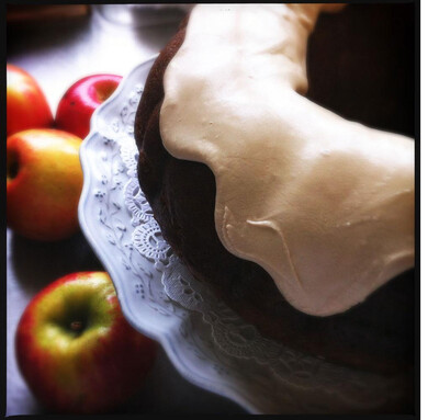 Cake / Shenandoah apple cake