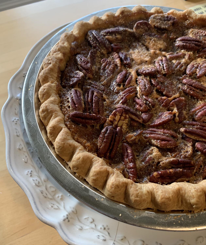 Pie / sweet potato pecan w bourbon