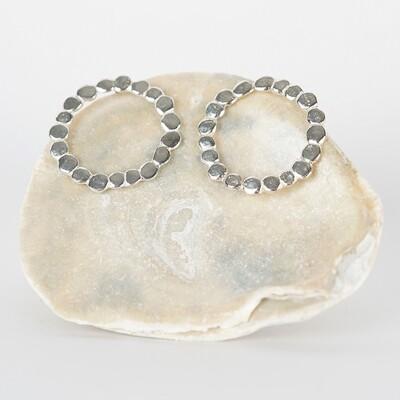 Earrings Stud Pebble Wreath