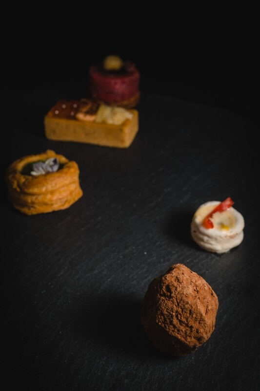 Canapés & 4 Course Diner for 20 Pax Inclusive of Service