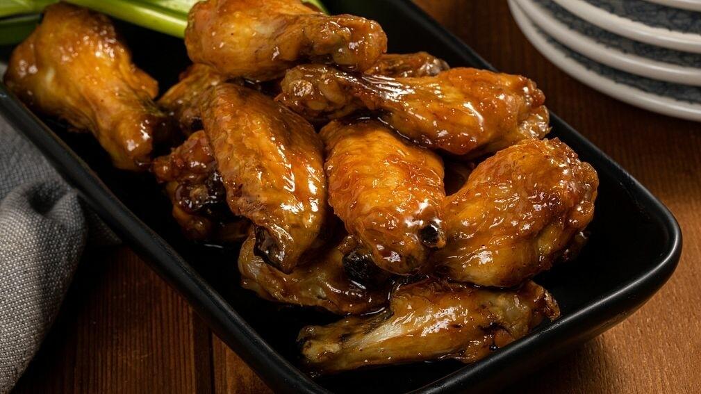 Stemmler's Honey Garlic Marinated Wings - LOCAL