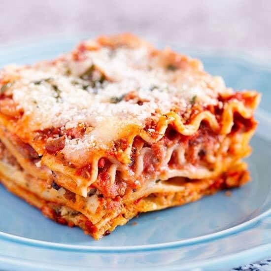 Classic Beef Lasagna Large - Grocery Garden Originals  Heat & Serve LOCAL