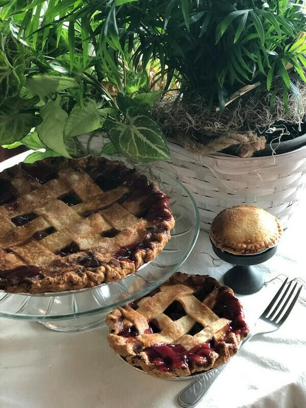 Fresh Cherry Pie*
