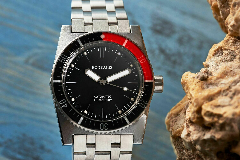 Borealis Scorpionfish Black Dial Black NO DATE / Red sapphire bezel Miyota 9015