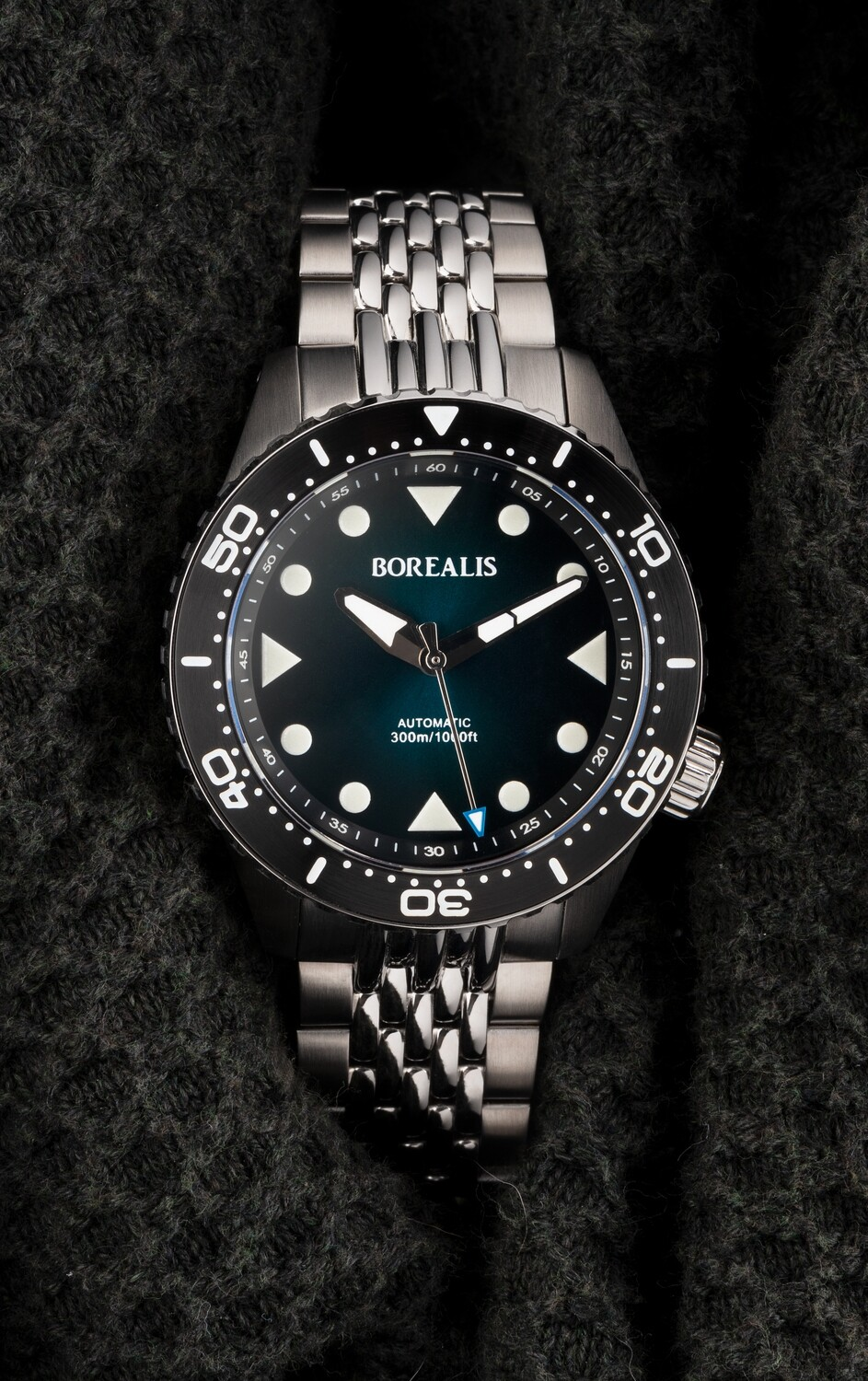 Pre-Order Borealis Neptuno Green Fade to Black Dial No Date NH38 Automatic Movement 300m Diver Watch