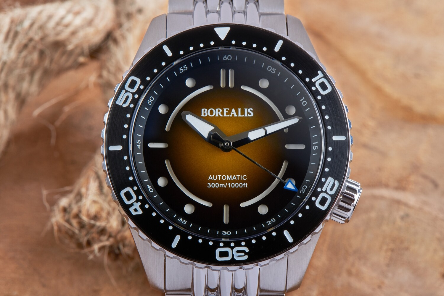 Pre-Order Borealis Neptuno Caramel Brown to Black Dial No Date NH38 Automatic Movement 300m Diver Watch