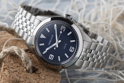 Borealis Adraga Stainless Steel Miyota 90S5 blue dial with flag pattern commando hands no Date BGW9 lume