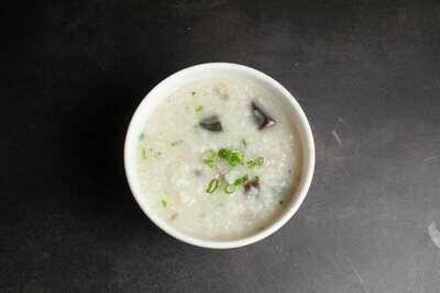【包十一】Porridge W. Preserved Egg & Lean Meat 皮蛋瘦肉粥 (Closed Tuesday)