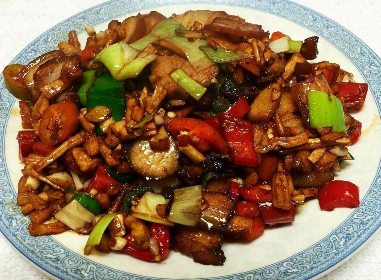 【滋味湖南】Sauteed Pork with Dried Tumlp 萝卜干炒腊肉