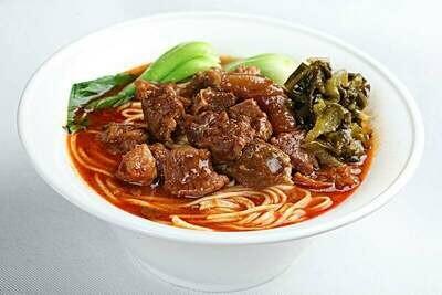 【精武鸭脖】Beef & Pickled Vegetable w. Rice Noodle/Noodle 酸菜牛肉面(粉) (Closed Monday)