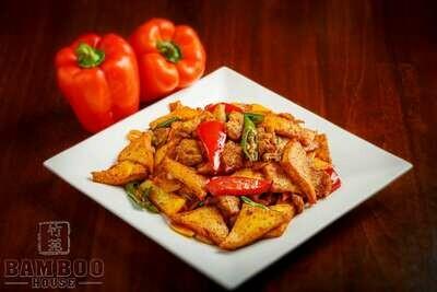 【竹苑】tofu with Bell peppers 开门红豆脯(仅周四周五)