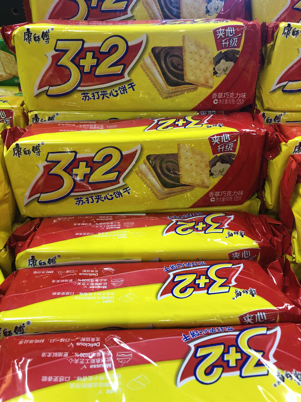 【RDG】康师傅3+2苏打夹心 香草巧克力味 125克