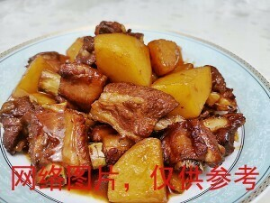【滋味湖南】Sauteed Rib with Potato土豆烧排骨