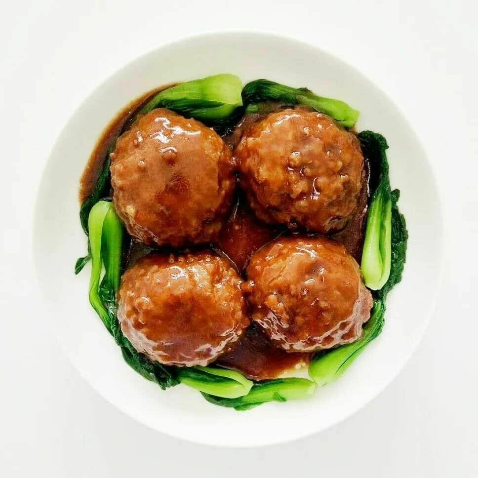 【新疆烧烤】Pork Ball W/Brown Sauce 红烧狮子头(Closed Tuesday)