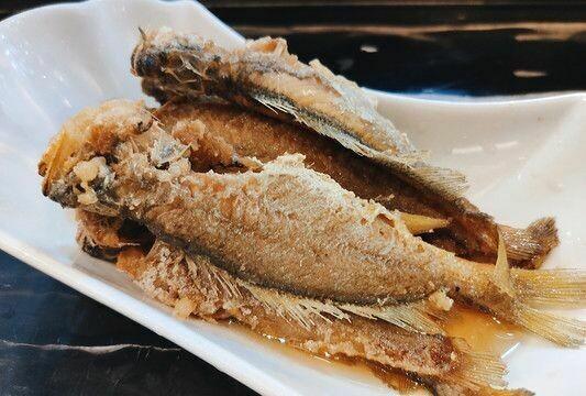 【新疆烧烤】Marinated Fried Yellow Croaker槽东海小黄花鱼 (Closed Tuesday)