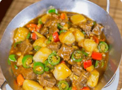 【滋味湖南】Dried Pot Potato Fried Sirloin 干锅土豆烧牛腩