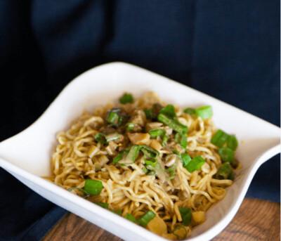 【精武鸭脖】Dry Noodle/Rice Noodle  热干面(粉)(Closed Monday)