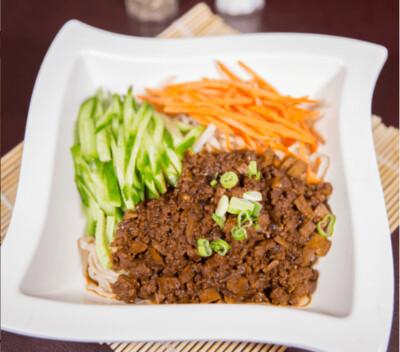 【味佳香】Bean Sauce&Ground meat Noodle 炸酱面(Closed Monday)