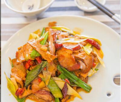 【湘浙汇】Stir Fried Preserved Pork 烟笋炒腊肉 (CLOSED MONDAY)