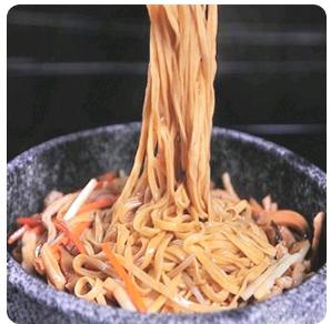 【金冠】Young Chow Style Noodle with Soup 杨洲窝面