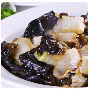 【弄堂里】Sauteed Chinese Cabbages 木耳烩白菜(Closed Monday)