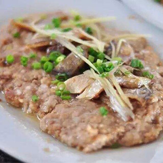 【华洋】Pan Fried Ground Pork W. Salted Fish 咸鱼煎肉饼