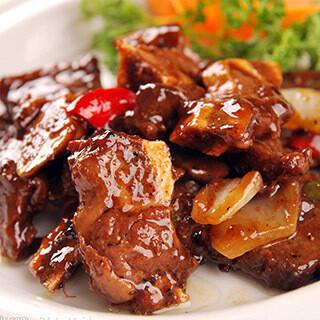 【华洋】Beef Ribs W. Eggplant Clay Pot 茄子牛仔骨煲
