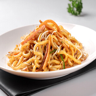 【华洋】Noodle  W. Beef Stew In Curry Sauce咖喱牛腩炒面