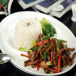 【华洋】Beef Tenderloin On Rice Hong Kong 中式牛柳饭