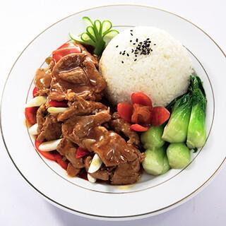 【华洋】Beef W.  Scallions On Rice 葱爆牛肉饭