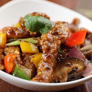 【华洋】Mango & Beef Tenderloin W. Black Pepper Sauce 蜜椒香芒皇子菇牛柳条