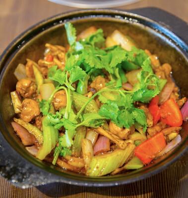 【重庆鸡公煲】Yummy Frog Pot 美味牛蛙煲