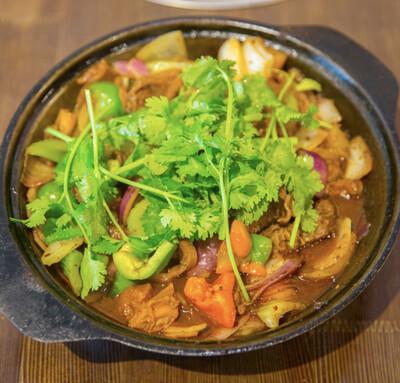 【重庆鸡公煲】Beef Brisket Pot 牛腩煲