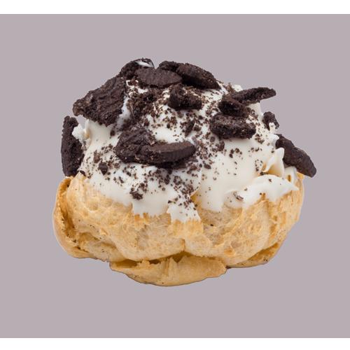 【beard papa's】Oreo Cookie Crumble Eclair