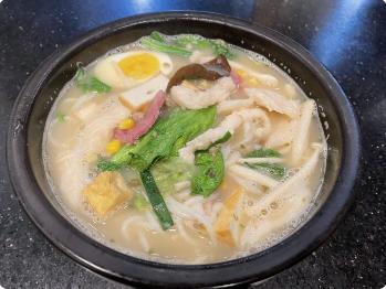 【十秒到】Chicken Broth Rice Noodle 鸡汤米线