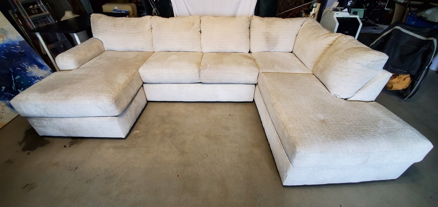 Large Chaise Sectional