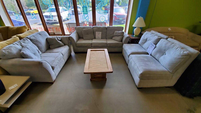 Light Green Furniture Set